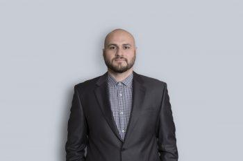 Portrait de Firuz Vazirov