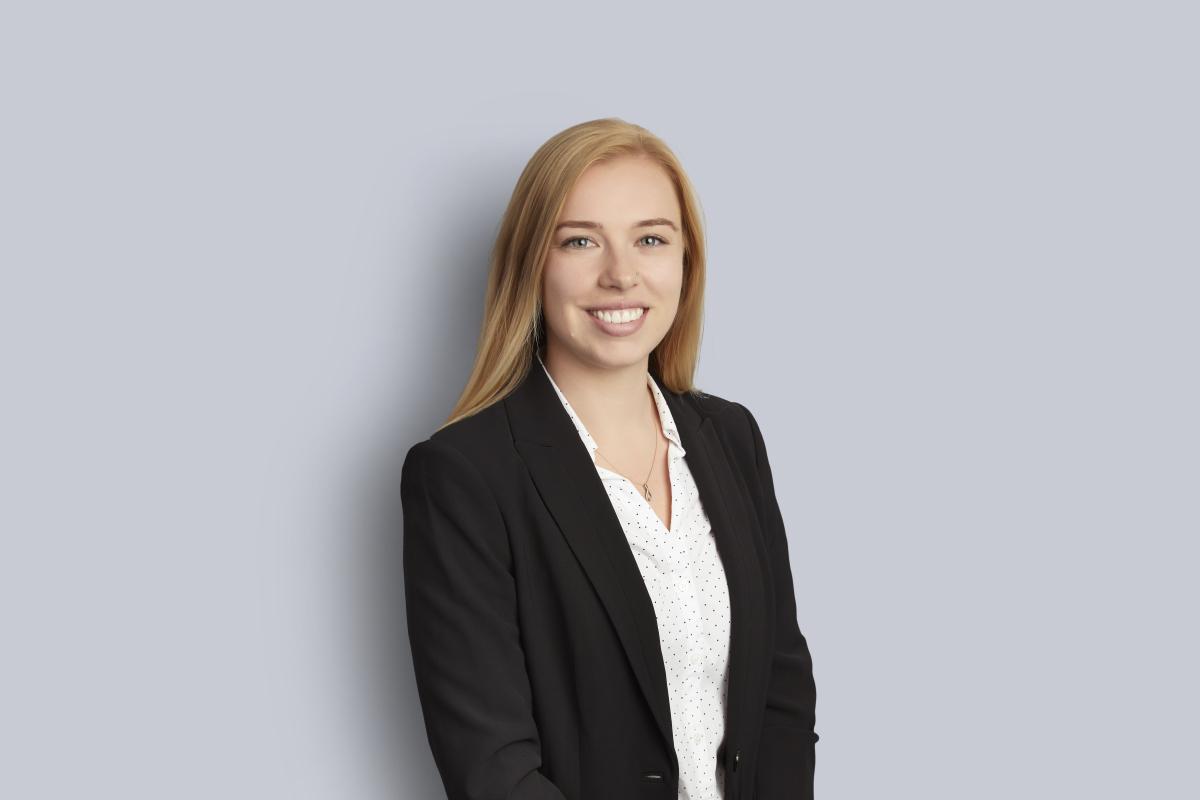 Portrait of Shannon Sturgeon
